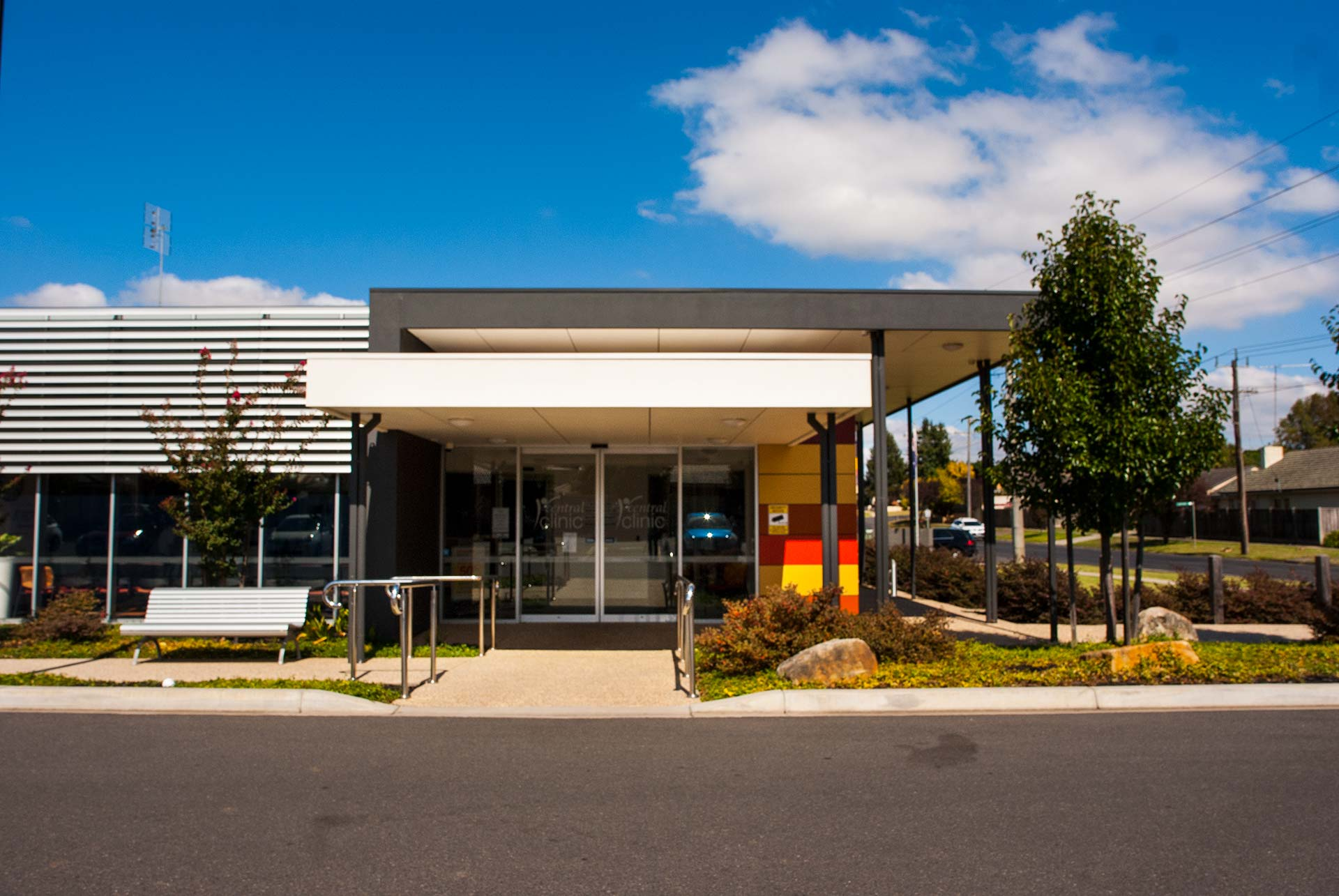 Central Clinic Warragul Front Entrance